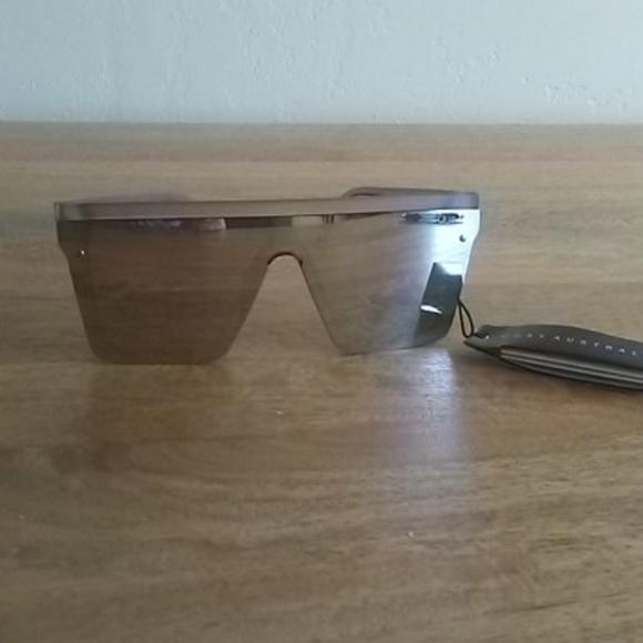 Quay Australia Hindsight Sunglasses in Gold